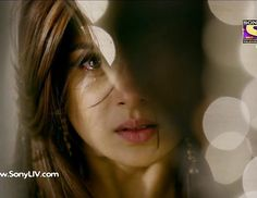 waste your tears crying over someone who doesn't even deserve to see you smile Just Smile, Her Smile, Stylish Dpz, Stylish Girl, New Whatsapp Video Download, Angry Girl, Jennifer Winget Beyhadh, Drawings Of Friends, Artists For Kids