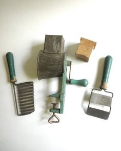 Can't believe how big my collection has gotten over the years.... I have all these pieces! Plus so many more! Think it's going to be hard to find anything original! Wonder if anyone can stump me. 40's #greenhandle #kitchenware #meatgrinder circa 1935-1949