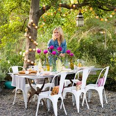 Creative Alfresco Party Ideas @Karla Scruggs Jorgensen... we could so do this, this summer!!! <3