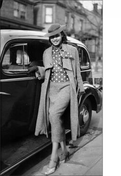 teenie harris http://documentarystudies.duke.edu/uploads/media_items/woman-by-car-cr-450w.440.642.s.jpg