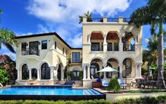 Villazzo's Villa Stella combines luxury hotel service with an exclusive Miami villa rental on Palm Island. Beach Vacation Rentals, Florida Vacation, Dream Vacations, Vacation Spots, Miami Florida, Vacation Destinations, Miami Beach, Miami Skyline, Home Building Design