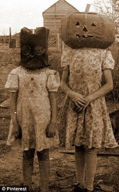 Ретро костюмы на Хеллоуин » Смешные Анекдоты Истории Цитаты Афоризмы Стишки Картинки прикольные Игры