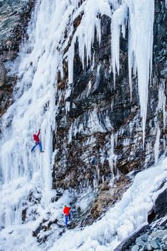 Ice climbing - Cogne Italy