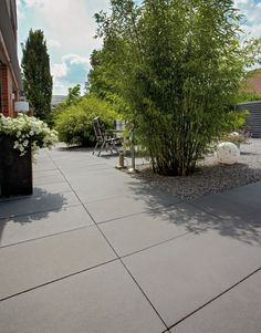 Senzo Carbon. #sierbestrating #terrastegels #XL #tiles #outdoor