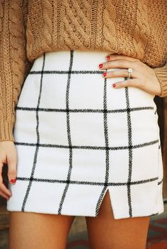 Stylish Black and White Plaid Mini Skirt l Street Style Chic Fashion Outfits Summer Women's Fall Winter Outfits, Autumn Winter Fashion, Winter Style, Winter Clothes, Autumn Style, Winter Wear, Winter 2017, Mode Outfits, Fashion Outfits