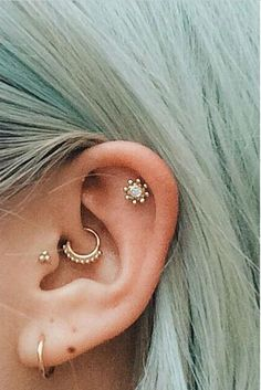 Multiple ear piercing ideas #piercing #womentriangle