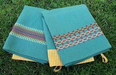 Kesä ja kirjomukset Picnic Blanket, Outdoor Blanket, Swedish Weaving, Hand Embroidery, Needlework, Upcycle, Textiles, Retro, Sewing