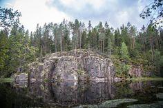 Helvetinjärven kansallispuistossa, Helvetinkolussa.