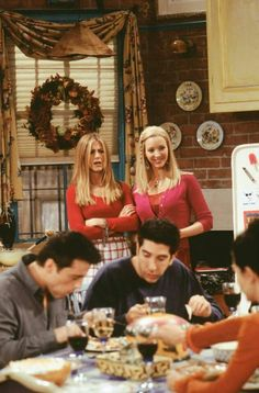 friends is something one can see an episode over and over again. Tv: Friends, Serie Friends, Friends Cast, Friends Moments, Friends Tv Show, Friends Forever, Friends Trivia, Friends Episodes, Ross Geller