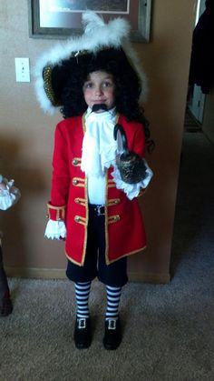 Captain Hook  sc 1 st  Pinterest & DIY Captain Hook Halloween Costume for Kids   Pinterest   Captain ...
