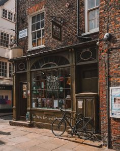 """Andy Duffin on Instagram: """"If you like going out on a good shopping spree then the city of York is the perfect place to go 🏘👜👞👖⠀ With so many shops and stores to…"""" York Uk, Shopping Spree, Perfect Place, Places To Go, City, Instagram, Cities"""