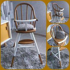 Chaise haute bébé en bois révisite en blanc et bois, accompagné de son petit coussin taupe fait sur mesure