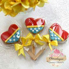 Wonder Woman cookies First Birthday Themes, Gold Birthday Party, 1st Birthday Parties, First Birthdays, Wonder Woman Birthday Cake, Wonder Woman Party, Birthday Woman, Girl Superhero Party, Happy Birthday America