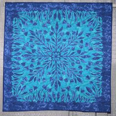'Hawaiian Blues' by Linda W. Miles.  Austin Area Quilt Guild 2006, Honorable Mention
