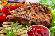 Ribeye pork chops can be cooked many different ways. Try tender baked pork chops, moist ribeye pork chops braised in their juices or grill them with a marinade. Pork Ribeye Chops Recipe, Beef Steaks, Cetogenic Diet, New Recipes, Cooking Recipes, Dinner Recipes, French Recipes, Dinner Dishes, Planks