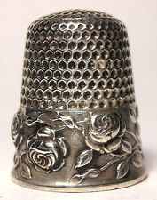 Stunning Waite, Thresher Sterling Silver Thimble w/ Four Embossed Roses  c.1890s