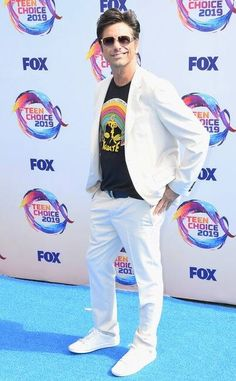 Teen Choice Awards 2019 Red Carpet Fashion: See the Stars' Looks Michelle Richard, Adam Cohen, Sky Brown, Hayden Summerall, Watch Fox, John Stamos, Emily Osment, Candace Cameron Bure, Sarah Hyland