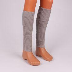 97e4a25d6c5 Дамски гети от машинно плетиво, изработени в сив цвят. Дължината им е до  коляното
