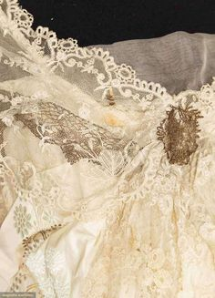 IVORY BROCADE EVENING GOWN, NEW YORK, 1912-1913. Detail