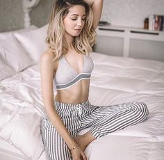 Zoe Sugg, aka Zoella, wears a grey bralette and striped trousers in this gorgeous shot for Issue 11 Zoella Hair, Zoella Beauty, Zoella Outfits, Californian Hair, Lorde Hair, Zoe Sugg, Blonde Hair Looks, Girl Online, Trousers