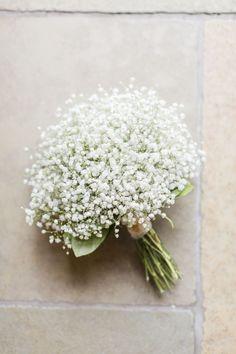 Il bouquet da  sposa più semplice e delicato   Gypsophila nota come   velosdasposa 9cbade496e43