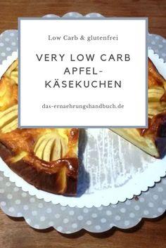 Very low carb Apfel-Käsekuchen - Käsekuchen geht immer! Weil wir uns ja alle gesund ernähren, hat meine Schwester für euch ein Rezept für einen very low carb Apfel-Käsekuchen entwickelt :-)  #ApfelRezepte, #Apfelkuchen, #Backen, #Käsekuchen, #KuchenRezepte, #LowCarb Low Carb Desserts, Recipes, Food, Alternative, Low Carb Cheesecake Recipe, Healthy Doughnuts, Low Sugar Cakes, Healthy Apple Cake, Recipies