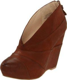 Boutique 9 Women's Darting Wedge Boot,Brown,5.5 M US Boutique 9, http://www.amazon.com/dp/B005LCPPKC/ref=cm_sw_r_pi_dp_sRVjrb01831PD
