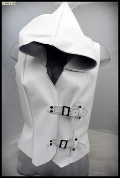 "Sleeveless vest inspiration ""Assassin's Creed"""
