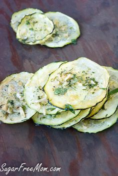 Homemade Ranch Zucchini Chips made in the dehydrator or oven! Only 29 calories per 1/2 cup! www.sugarfreemom.com
