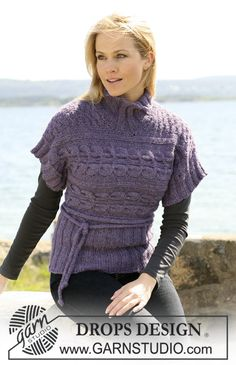 """DROPS Blouse with short sleeves knitted in 2 directions with 2 threads """"Alpaca"""". Size S to XXXL ~ DROPS Design"""