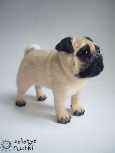 Needle felted pug. This is awesome !