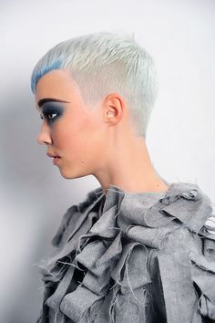 Short hair-pin it by carden
