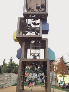 Zorlu çocuk oyun parkı