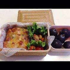 posted from @koimi__7 *ケークサレ弁当 ・五目煮 ・巨峰 #お弁当 #obento #obentoart