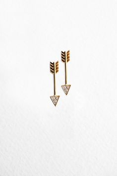 """Maddison May Earrings. Encouraged by my enthusiastic 18 year old niece, who took the arrows and placed them by her ears. """"You've got to do it Aunt Indie, you gotta make them into earrings"""""""