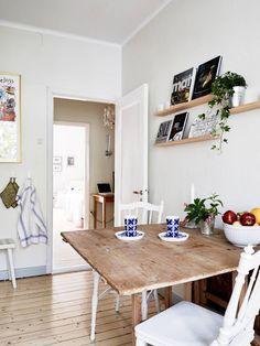 5 idées originales pour ranger ses livres et magazines | Kitchens, Kitchen Tables and Tables