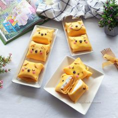 Winnie the Pooh mango pancakes by Cute Desserts, Dessert Recipes, Beautiful Desserts, Dessert Food, Bento, Kawaii Cooking, Kawaii Dessert, Good Food, Yummy Food