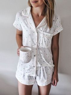 cute pajamas cozy pj's Sara la noticia del día Pajamas For Teens, Summer Pajamas, Cozy Pajamas, Pajamas For Women, Teen Pjs, Cute Pjs For Women, Satin Pyjama Set, Satin Pajamas, Cute Sleepwear