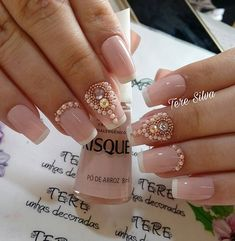 WEBSTA @teresilva1004 Sobre unhas super delicadas!! ❤️ Nail Jewels, Manicure Y Pedicure, Luxury Nails, Personal Stylist, Nail Arts, Nail Art Designs, Hair Beauty, How To Make, Outfit