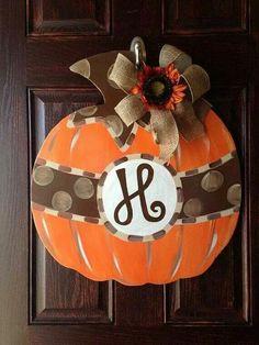 Pumpkin fall door hanger by FischFynnDesigns on Etsy Fall Door Hangers, Burlap Door Hangers, Fall Crafts, Holiday Crafts, Diy And Crafts, Pumpkin Door Hanger, Into The Fire, Fall Projects, Front Door Decor