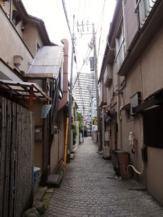 To describe the town of Kagurazaka, Tokyo requires a bit of imagination and yet they are all familiar in a way. Think of Kyoto's Gion District (if you been there), then remove some Japanese restaur… Tokyo Neighborhoods, Japan Image, Tokyo Travel, City Streets, Kyoto, The Neighbourhood, Places, Life, Triptych