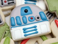 "R2-D2 Cookies | Community Post: 17 Foods Guaranteed To Excite Any ""Star Wars"" Fan"