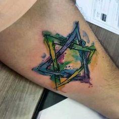 #davi #estreladedavi #judeus #judaismo #tattoos #tatuagens Tattoo Estrela, Cool Tattoos, Tatoos, Asian Tattoos, Deathly Hallows Tattoo, Tattoo Designs, Tattoo Ideas, Watercolor Tattoo, Piercings