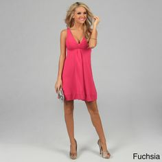 @Overstock - Sleeveless dress from Evanese is a sassy addition to your closet   Women's clothing offers an inset empire waist  Casual dress features a deep V-neck with gathering in centerhttp://www.overstock.com/Clothing-Shoes/Evanese-Womens-Short-V-neck-Dress/4032148/product.html?CID=214117 $41.99