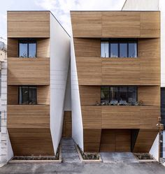 Afsharian House Awards: Honorable Mention in Memar Grand Award in the Residential category - 2014 Architect: .ReNa. Design ( Reza Najafian ) Location: Kermanshah, Iran