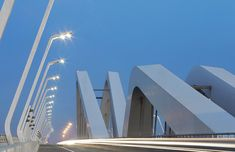 https://www.archdaily.com/357798/sheikh-zayed-bridge-zaha-hadid-architects-2/51647ae2b3fc4b2201000009-sheikh-zayed-bridge-zaha-hadid-architects-2-photo