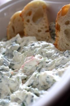The Red Headed HostessEasy YUMMY Spinach Dip - The Red Headed Hostess