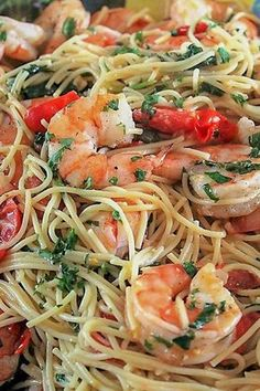 Foods - Fish & Sea Food This Lemon Pasta with Shrimp is out of this world. The lemon shines through, the capers and garlic give it extra oomph and the butter makes it rich and silky. Lemon Shrimp Pasta, Seafood Pasta, Shrimp Pasta Recipes, Fish Recipes, Seafood Recipes, Great Recipes, Dinner Recipes, Cooking Recipes, Healthy Recipes