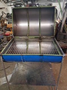 First stickwelding project Fire Pit Grill Grate, Grill Grates, Barbecue Design, Patio Kitchen, Creative Design, Grilling, Bbq, Garage, Diy Projects